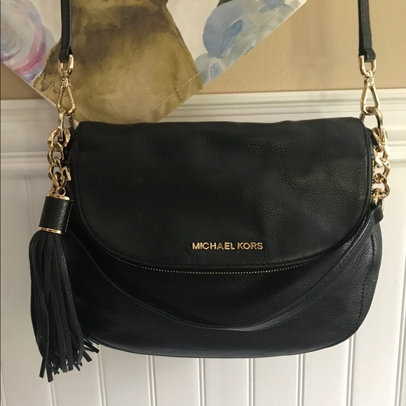 special discount of bright n colour up-to-datestyling Black Michael kors crossbody purse